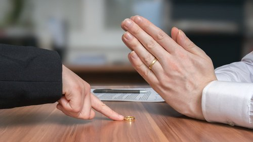 5 Penyebab Utama Perceraian di Indonesia